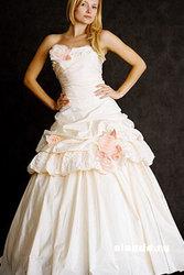 Свадебное платье итальянской коллекции Ноэль