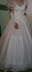 Продам классическое свадебное платье на миниатюрную невесту!