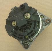 Для Рено Меган 2,  1.5dci - генератор Bosch 150A,  8200390676,  0 124 525
