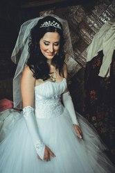 Шикарное свадебное платье 42-44 с подарочками